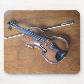 Antique Violin Mouse Pad