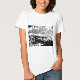 Antique Wagon in Pen and Ink Drawing T-shirt