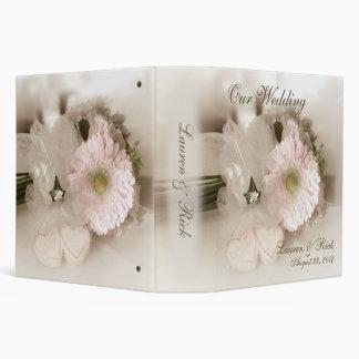 "Antiqued Gerber Daisy & Hearts Wedding 2"" Binder"