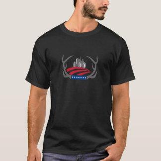 Antler Farm Tractor American Flag Retro T-Shirt