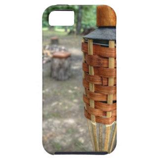 Antorcha de Tiki y fuego del campo iPhone 5 Case-Mate Cárcasas