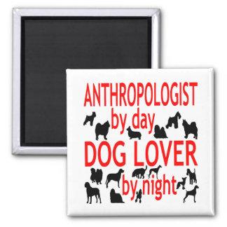 Antropólogo del amante del perro en rojo imán cuadrado