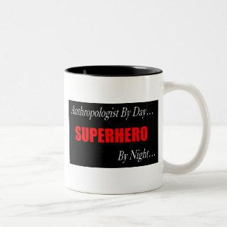 Antropólogo del super héroe taza dos tonos
