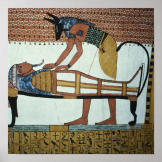 Anubis y una momia, de la tumba de Sennedjem Póster
