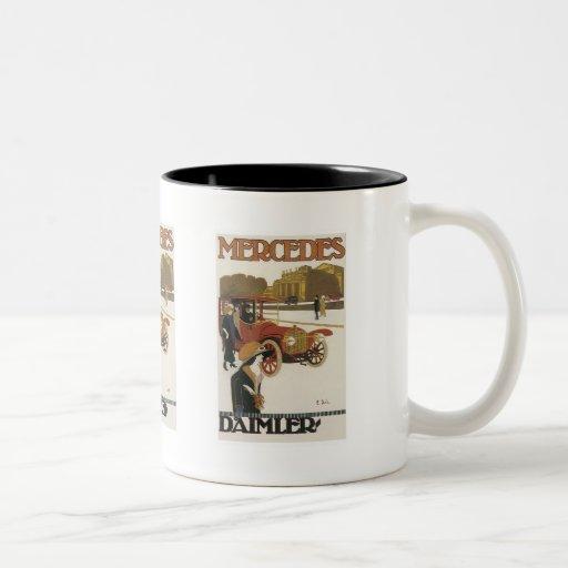 Anuncio del coche antiguo tazas de café