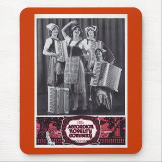 Anuncio del vintage de los chicas del acordeón tapete de ratones
