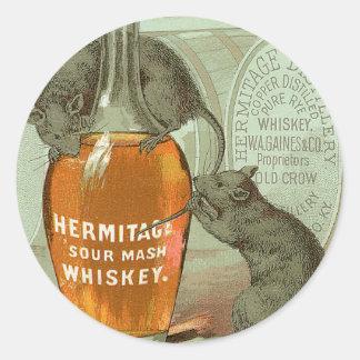 Anuncio del whisky de puré amargo de la ermita con pegatina redonda