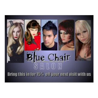 Anuncio publicitario azul de la silla tarjeta postal