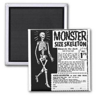Anuncio retro del esqueleto del tamaño de Moster d Imán Cuadrado