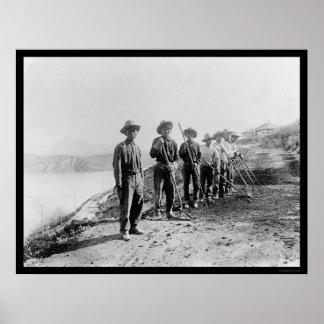 Apache Indian Laborers at the Salt River 1922 Print