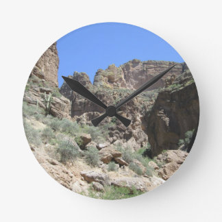 Apache Trail View Round Clock