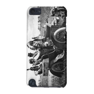 APACHES AND GERONIMO DRIVING A MOTOR CAR iPod TOUCH 5G CASE