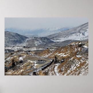 Aparejos y montañas colina del oro Nevada de la Poster