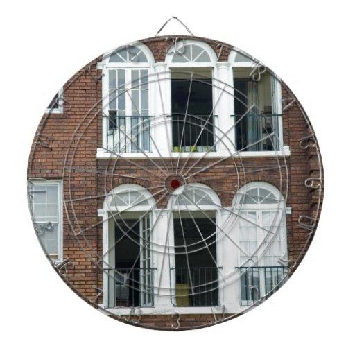 Apartamentos del ladrillo tablero de dardos