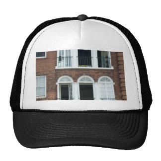 Apartamentos del ladrillo gorras de camionero