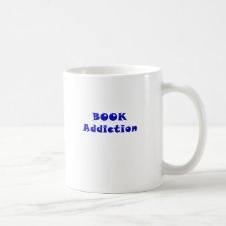Apego del libro taza clásica