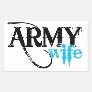 Apenado poniendo letras a la esposa del ejército pegatina rectangular