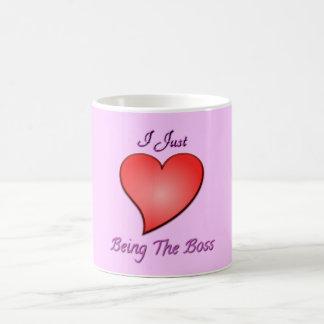 Apenas amo el ser la taza del corazón de Boss