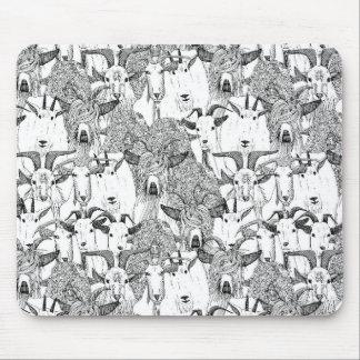 apenas blanco negro de las cabras alfombrillas de ratón