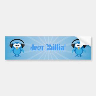 Apenas búhos retros azules de Chillin con los auri Pegatina Para Auto