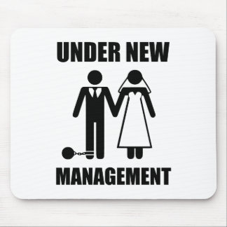Apenas casado, bajo nueva gestión tapete de ratón
