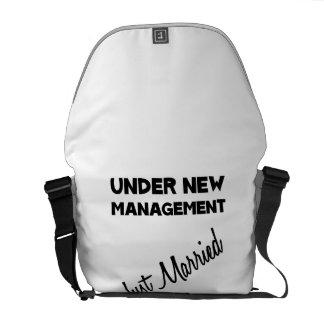 Apenas casado bolsas messenger