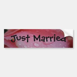 Apenas casado pegatina para auto