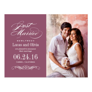 Apenas casado casando rojo de vino de las invitaci tarjetas postales