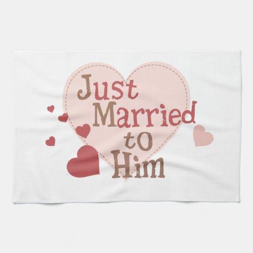 Apenas casado con él toalla de cocina