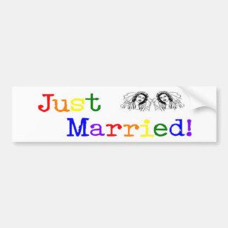 Apenas casado (dos mujeres) etiqueta de parachoque