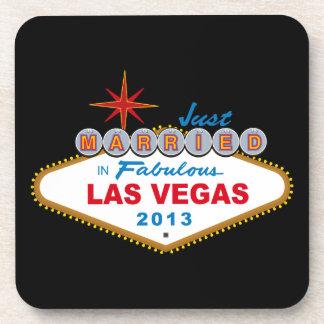 Apenas casado en Las Vegas fabuloso 2013 (muestra) Posavasos De Bebida