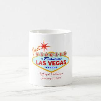 Apenas casado en taza de café de Las Vegas