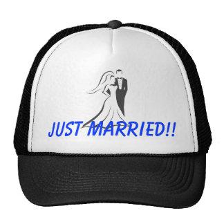 ¡Apenas casado!! Engranaje de la luna de miel Gorro De Camionero