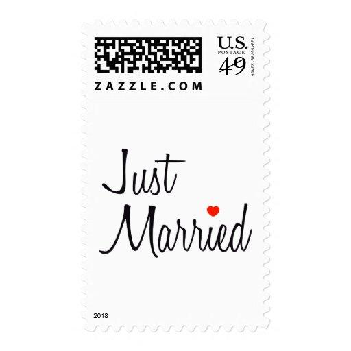 Apenas casado (escritura con el corazón rojo) envio