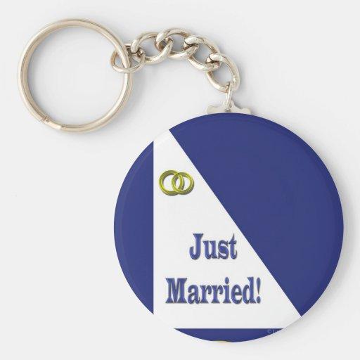 Apenas casado llavero