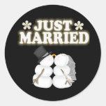 Apenas casado pegatina redonda