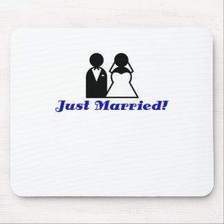 Apenas casado tapete de raton
