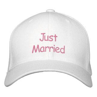 Apenas casquillo casado gorras bordadas