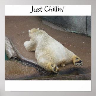 Apenas Chillin Poster