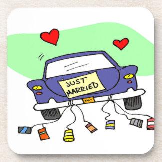 Apenas coche casado posavasos
