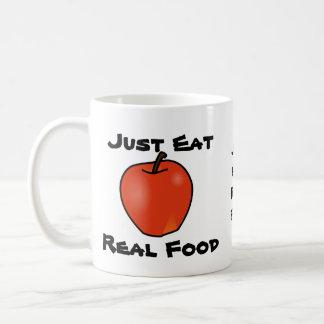 Apenas coma la comida real taza clásica
