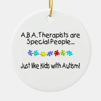 Apenas como niños con autismo ornatos
