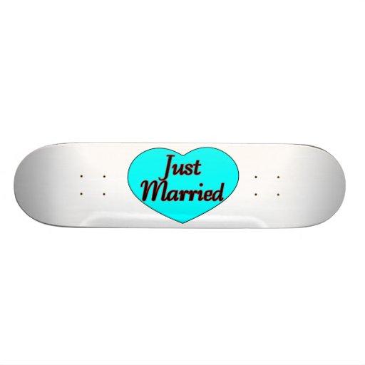 Apenas corazón casado patines personalizados