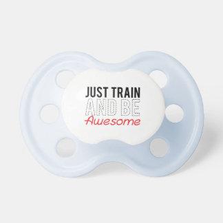 Apenas el tren y sea impresionante chupete de bebé