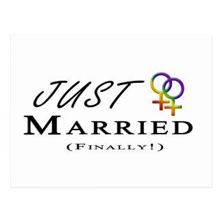 Apenas (finalmente) orgullo lesbiano casado postales