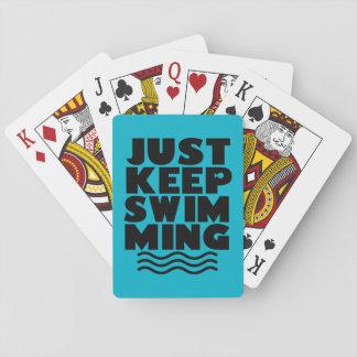 Apenas guarde el nadar de la cubierta de tarjetas barajas de cartas