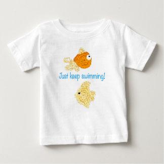 ¡Apenas guarde el nadar! Playera De Bebé