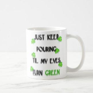 Apenas guarde el verter… taza de café