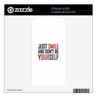 Apenas la sonrisa y no es usted mismo iPhone 4 calcomanías