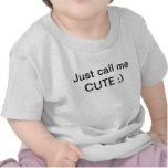 apenas llámeme LINDO;) camiseta del bebé